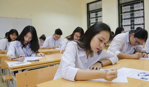 """Chia sẻ """"bí kíp"""" đạt điểm cao môn Văn trong kì thi THPT 2018"""