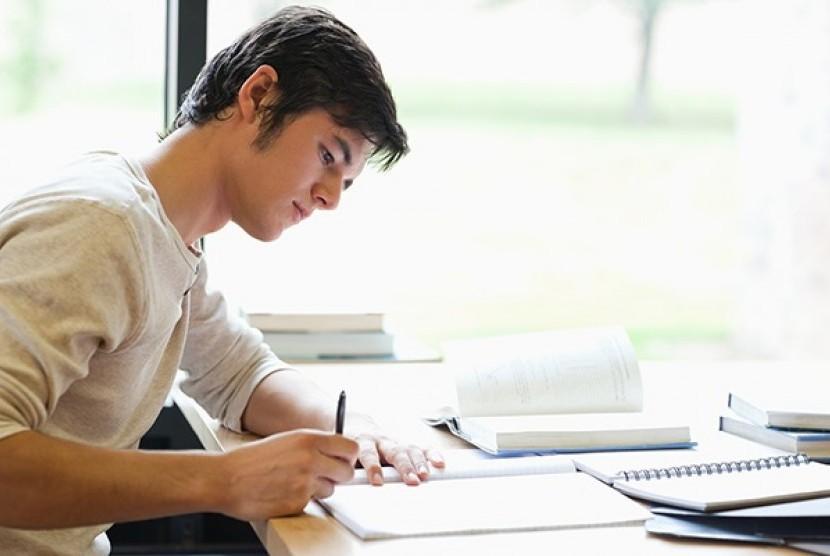 Nhiều học sinh stress vì ôn thi THPTQG