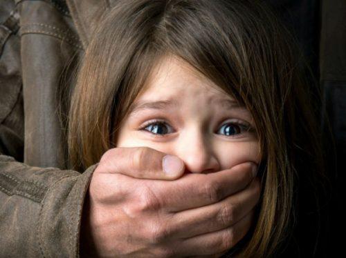 Cha mẹ phải làm gì trước vấn nạn bắt cóc trẻ con